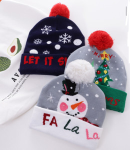 2020 Newest Fashion Classic Good Quality Christmas Knitting Hats Autumn Winter Unisex Wool Hat Letters Hats Men Women Party Cap
