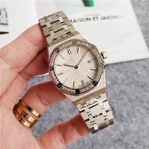 Luxury three-pin set ring mouth full automatic mechanical movement sapphire glass mirror all steel watchband all steel case luminous dial