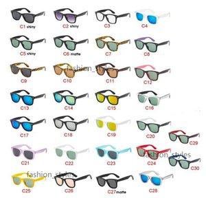 الكلاسيكية النساء الرجال النظارات الشمسية في الهواء الطلق الرياضة القيادة الدراجات النظارات الشمسية المبهرة نظارات الشمس ماركة مصمم نظارات في الهواء الطلق ظلة النظارات