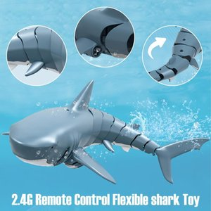 Telecomando SHARK Toys 2.4G Simulazione RC Shark Boat Water Swimming Fish RC Animal Toy Swing Swing Fixak Shown Piscina 201204