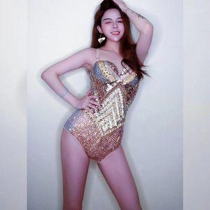 Multicolor Rhinestone Женская сияющая сексуальная Skinny Sming Shorts NightClub DS Stage Танцы Костюмы женщин Мода Slim Bodysuits1