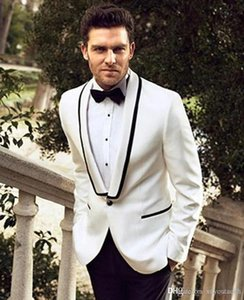 Brand New Groomsmen Shawl Lapel Groom Tuxedos One Button Men Suits Wedding Prom Dinner Best Man Blazer ( Jacket+Pants+Tie) K925