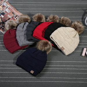 2021 Kids Adults Thick Warm Winter Hat For Women Soft Stretch Cable Knitted Pom Poms Beanies Hats Women's Skullies Beanies Girl Ski Cap