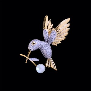 Cute Woodpecker Brooches for Women Fashion Zircon Pearl Golden Hummingbird Brooch Badge Pins Jewelry Accessories Christmas Gifts