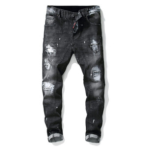 Marca Designer Famous Men Moda rasgado Biker Jeans Homem afligido Moto Denim Corredores Lavados plissadas motocicleta Calças Jeans frete grátis