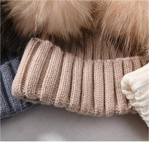 Winter Real Fur Ball Beanie Hat For Women Ladies Fluffy Double Natural Raccoon Fur Pom Pom Skullies Beanie Hat Wi qylcSJ