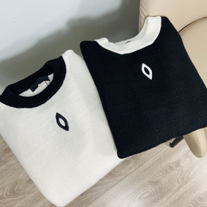New Small Fragrance Black and White Two-color Round Neck Sweater Ladies Fashion Embroidery Logo Knitwear Bottoming Shirt CN135