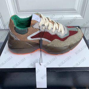 Rhyton Bege Mens Sneakers Luxurys Runner Vintage Trainers Designer Womens Casual Impressão Velho Pai Sapatos 620185 99WF0 4371