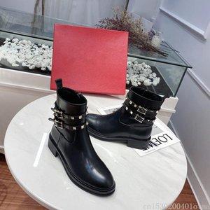 Vera Pelle Rivetti Studed Donne Stivaletti Fashion Black Women Martin Stivali Runway Party Dress Shoes Causual autunno