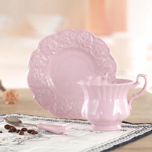 Elegant Pink Coffee Cup Saucer Spoon Set Europe Princess Ceramic cup 180ml Top Porcelain Teacup Cafe Teatime Drinkware CL001