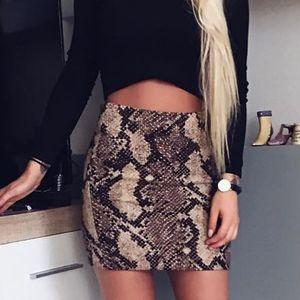 EILLYSEVENS Mujer Snake Print Bodycon Sexy Alto Elástico Falda Corta Streetwear Faldas Moda 2020 # G30