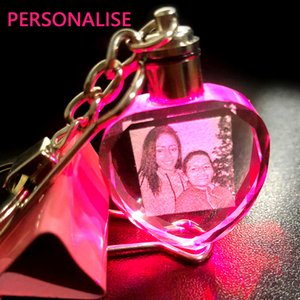 Car Personalized Keychain Custom Photo Engraving Crystal Led Light Key Chain Couple Gift Colorful Heart Keychain Souvenirs