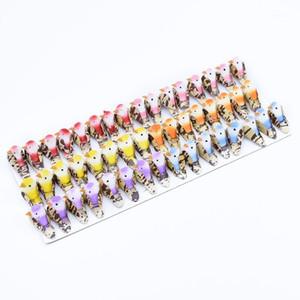 48pcs Fake Foam Multicolor Bird Frigorifero Adesivo Ghirlanda di Natale Decorazioni per la casa Festa di nozze Party Bambini giocattoli Plants artificiali1