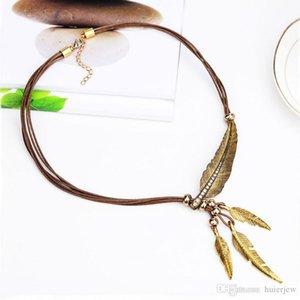 Gargantilla Collares pluma de la aleación de la vendimia de los colgantes de cadena del oro de la cuerda collar de la mujer al por mayor de joyería Accesorios
