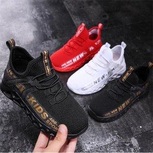 2020 Primavera miúdos que funcionam infantil Ténis de mesa respirável sapatos de desporto Moda Calçados Meninas Meninos Sneakers Verão Sandals C1002