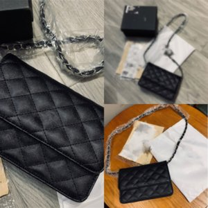 M8T46 Designer Designer Borse a tracolla di alta qualità Crossbody Donne Cartoon Designer 2D Bag Bag Bag Donna Messenger Luxurious Crossbody Bag