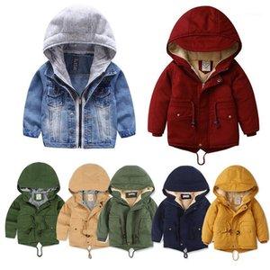 Down Coving Малыша Детские Куртки Мальчики Девушки Одежда с капюшоном Осень Осень Зимняя Теплая Печать Мода Дети Дети Костюм1