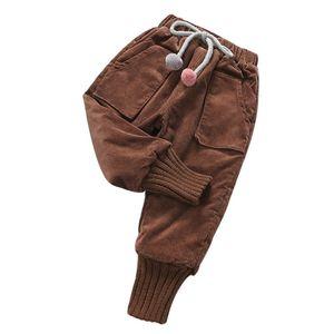 Chicas Childern Plus Velvet Grossening Corduroy Pantalones Kids Fleece Pantalones 90-160cm Adolescente Girls Pocket Pantalones cálidos Alta calidad 201207