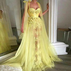 Benutzerdefiniert eine Linie None Zug Neue Prom Party Kleid Schatz Sleeveless Tüll Gelb 3D Blumenapplikationen Abendkleider Roben De Soiree