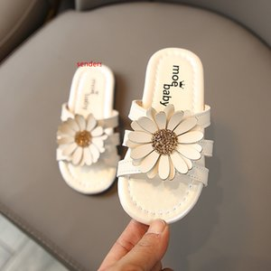 Kids Girl flip flop Sandals Dotted Bow Toddler Girls Sandals Infant Beach Sandal Summer Newborn Baby Shoes 3 Designs Free Shipping slippers
