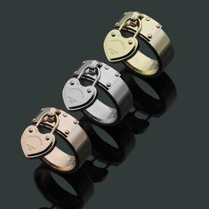 Tek kalp halka asılı 2019 popüler titanyum çelik takı T harfli kadın erkek hediye için altın 18k kaplama yüzük yüzük
