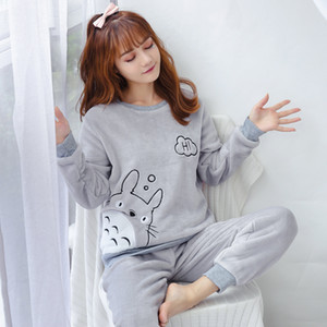 korean Flannel Warm Pajamas for Women Long Sleeve Home Suit Ladies sleepwear cartoon Velvet Pajama set Thick Feminino Pyjamas 201009