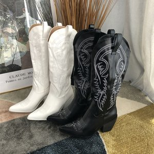 Women Shoes Winter Mid Calf Embroidery Women Boots Leather Square Toe Med Heels Women Boots Zapatos De Mujer