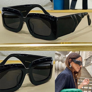 0811 New Fashion Sunglasses With UV 400 Protection for Women Vintage square Frame popular Top Quality Come With Case classic sunglasses