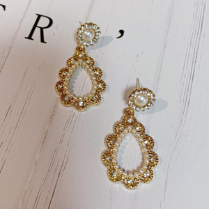 Korean New Zircon Pearl Drop Earrings for Women Round Golden Noble Cute Statement Earring Fashion Pearl Jewelry 2020 Gift