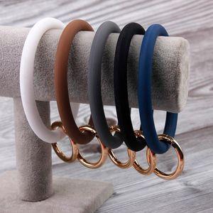 Silicone O Key Chain Big O Ring Keychain Fasion Chic Circle Wristlet Keychain Wholesale for Women Key Wrist Strap Ring