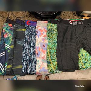 Color al azar por Ethika hombres boxer calzoncillos atractiva joven cómodos suaves pantalones elásticos famosa playa de la ropa interior de secado rápido Hombres 3fb61 #