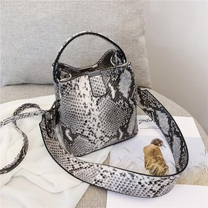 Fashion Snake Print Bucket Bags Women Wild Strap Shoulder Bag Serpentine Pattern Handbag Vintage Ladies Messenger Crossbody Bags