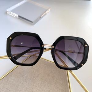 940 Güneş Kadınlar Moda Çokgen Çerçeve Yaz Tarzı Karışık Renk Çerçevesi Popüler En Kaliteli UV Koruma Lens Paket ile Gel