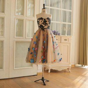 Чай Длина бабочка платье A-Line Black Lace аппликации Браун платье Lace Up Назад vestidos-де-ночь