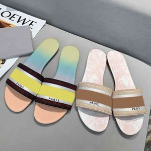 2021 new Women Sandals Slippers Embroidery Sandal Floral Brocade Flip Flops Striped Beach Genuine Leather Slipper 35 colors