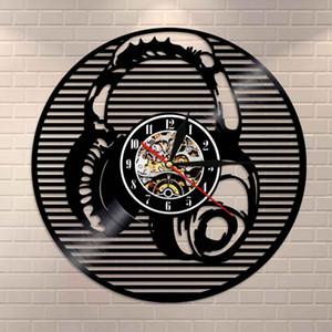 Orologio da parete Musica cuffie Retro Black Wall Art Vinyl Record Clock Music Studio della decorazione della parete Vintage Clock