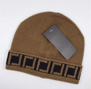 2021 mais novo venda quente moda clássico top ff marca de alta qualidade homens e mulheres lazer de malha chapéus Mantenha-se aquecido em inverno Beanie Crânio Tampões