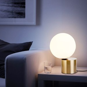 Table lamp Post modern bedroom bedside glass bulb table lamp Nordic simple study lighting Hotel B&B decorative LED reading desk lamp