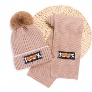 Дети Hat и шарф мальчиков и девочек Медведь печати шарфы Дети 2020 осень зима теплая Cap Сплошной цвет вскользь вязаная шапка + шарф Hots Продажа