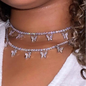 Дизайн Камень Fans Vogue Женщины ювелирное изделия бабочка ожерелье Женский горный хрусталь Сияющего себе Кристалл Подвеска Колье Ожерелье подарок