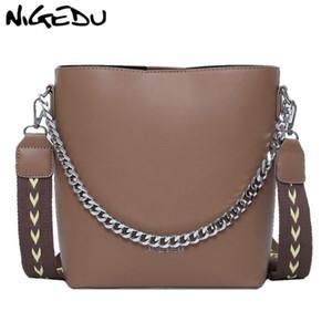 NIGEDU моды цепи ковша сумка для женщин сумки Печатных широкий ремень сумки на ремне Роскошный дизайнер дамы Crossbody Тотализаторы