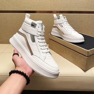 2021 degli uomini del progettista della caviglia caricamenti del sistema casuali di lusso dei pattini degli appartamenti White Man Martin stivali scarpe festa di matrimonio di moda scarpe da ginnastica