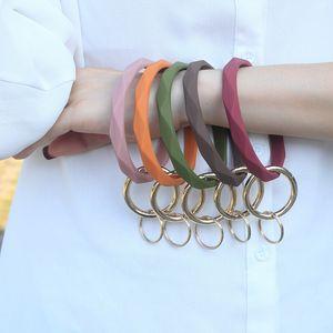 Silicone Bracelet Keychain Wrist Key Chain Round Circle Twist Bangle Key Ring Key Holder for Woman WB2757