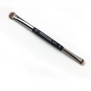 It No-Tug Heavenly Dual Eyeshadow Brush #5 - All over Eyeshadow Blending and Smudger Brush - Beauty Makeup Blender Tools