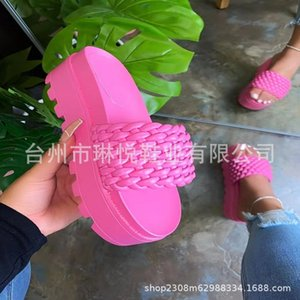 E3nq WEH sleepers shoes men Flip Soft Slide Slippers Men Indoor Brand Men's home slippers Beach fashion 2020 Flops Flats Graffiti Shoes