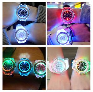 designer watch Luxury Unisex Diamond LED Light Watch Crystal Luminous Men Women Wristwatch Slicone Rhinestone Quartz Watches sale F102601