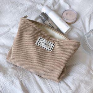 Borsa cosmetica in velluto a cosmetico a velluto a corduroy solido Coreano Borse da viaggio Donne Viaggio Cosmetico Pouch Beauty Storage Casi Make Up Organizer Pochette Bag1