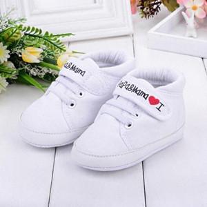 Bebê recém-nascido sapatos meninas Unisex Primeira Walkers 0-18M da criança recém-nascida Calçado infantil do bebê Crianças Boy Girl macia Sole Canvas Sneaker 03 lbWV #