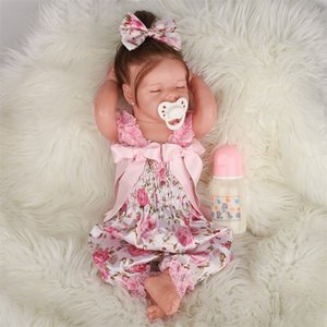 Christmas Baby 43CM Renascer Todderl Girl Doll Lifelike real Full Touch Silicone para o corpo presente Realistic macia