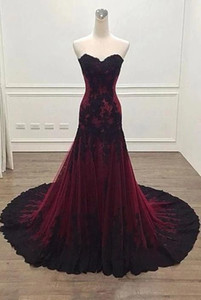 Vintage Black and Burgundy Red Gothic Wedding Dress Mermaid Sweetheart Lace Tulle Non White Victorian Bridal Gowns Bride Dress